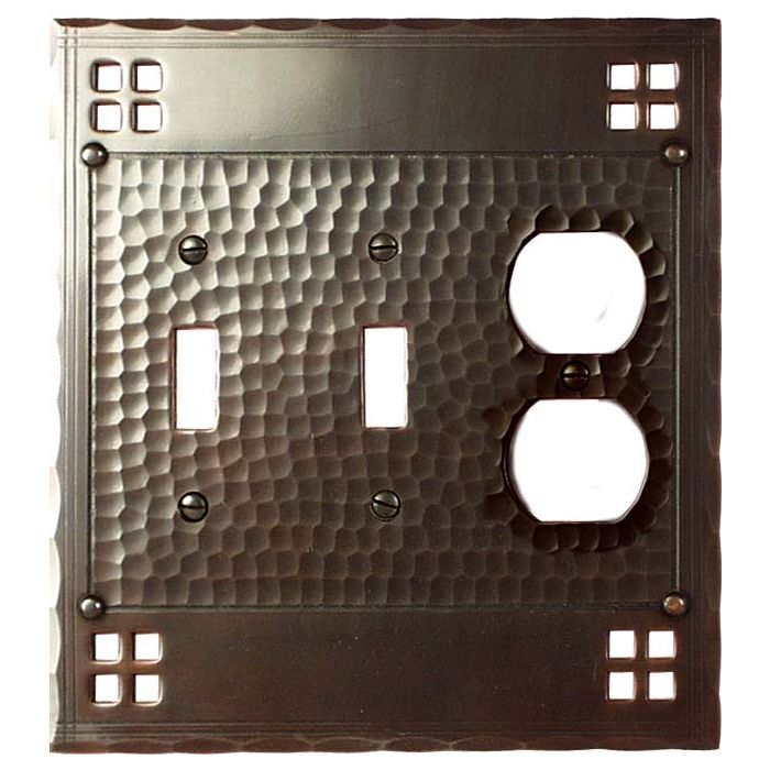 Pacific Style Double 2 Toggle / Outlet Combination Wall Plates