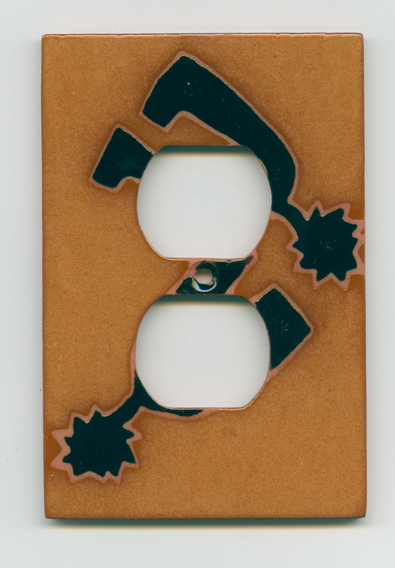Spurs 1 Gang Duplex Outlet Cover Wall Plate